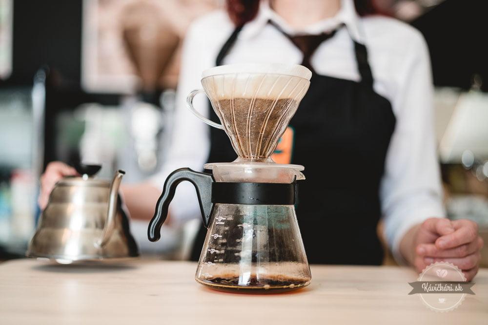 filtrovana-kava-zlate-zrnko