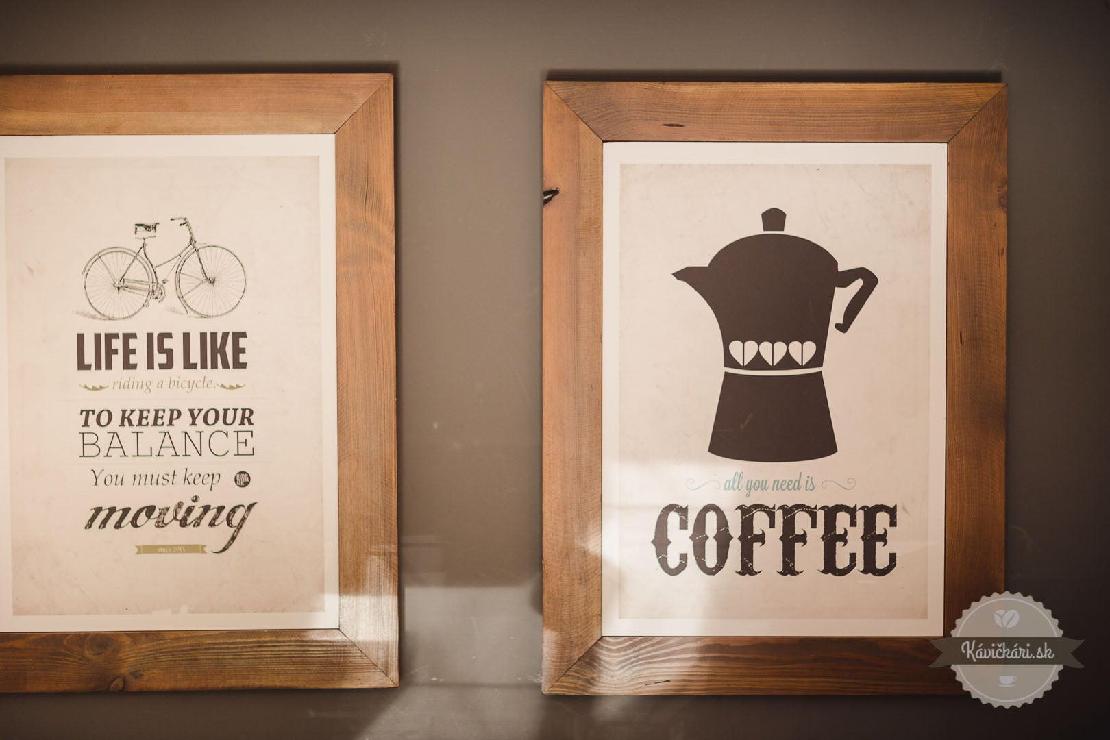 káva v nico caffé