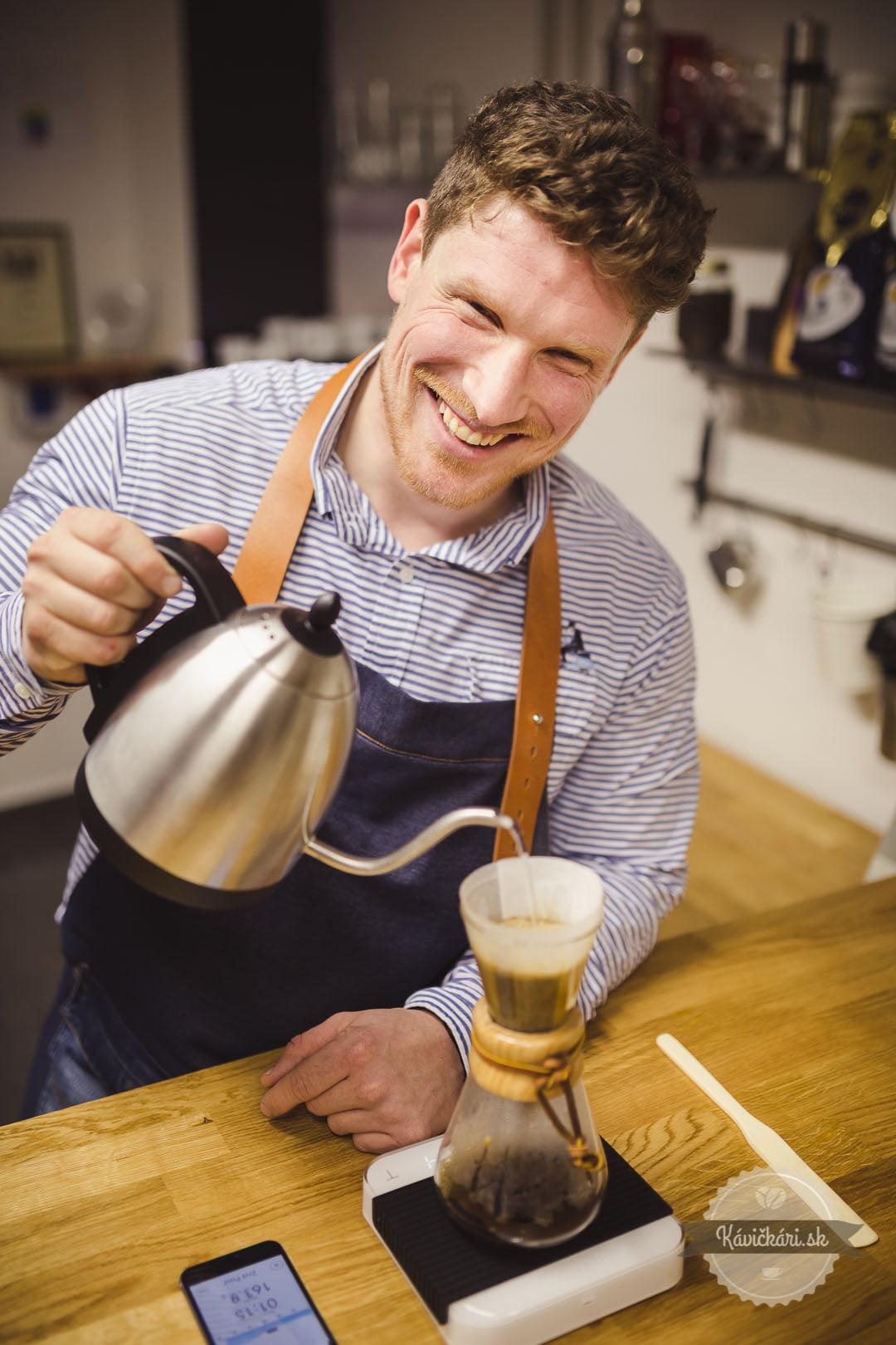 šimon staš dodávateľ kávy bazzara príprava alternatíva