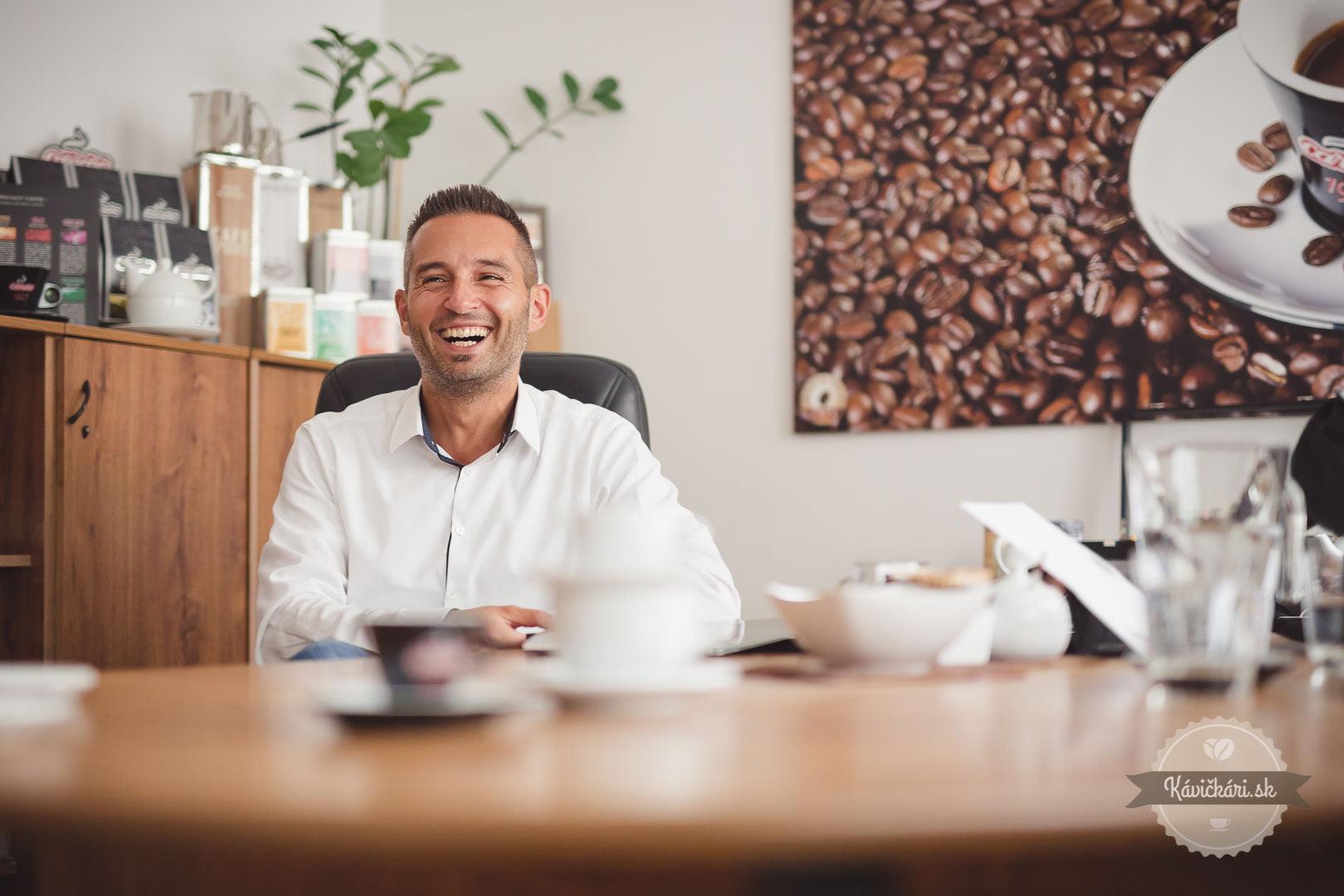 rami kotroch predajca kávy carraro