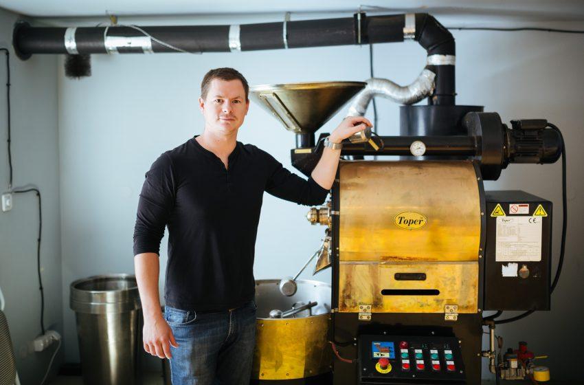 James Bussard zo Samay Coffee: Kanaďan, ktorý pre nás praží kávu