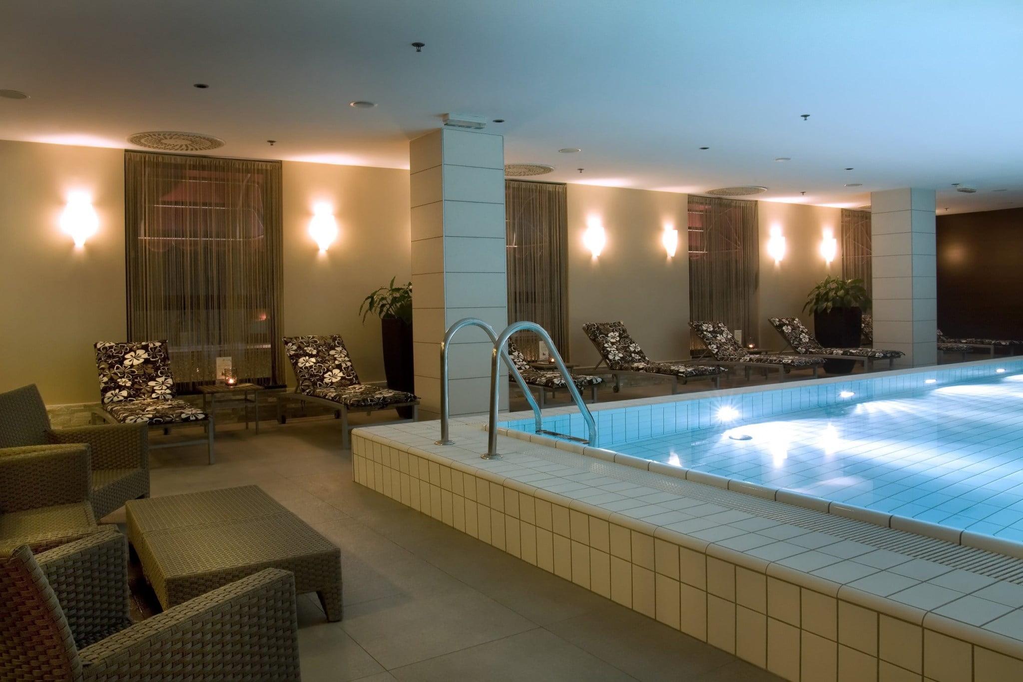 crowne plaza spa