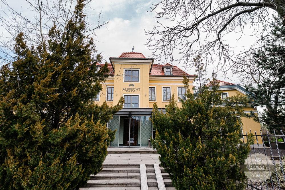 albrecht-hotel-bratislava-kavickarisk