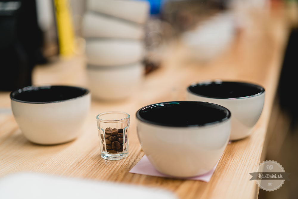 coffia-cupping-kavickarisk-kavickari