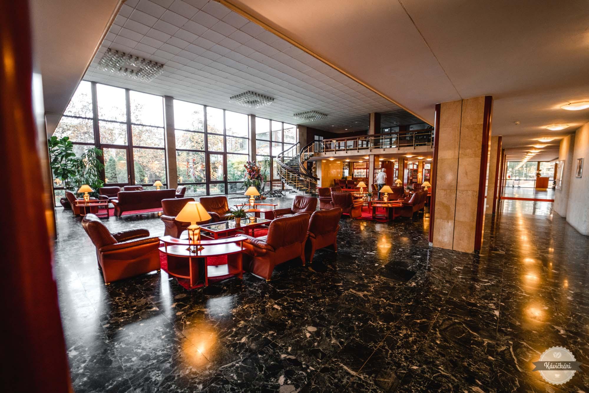 hotel-balnea-esplanade-piestany-interier-kavickarisk