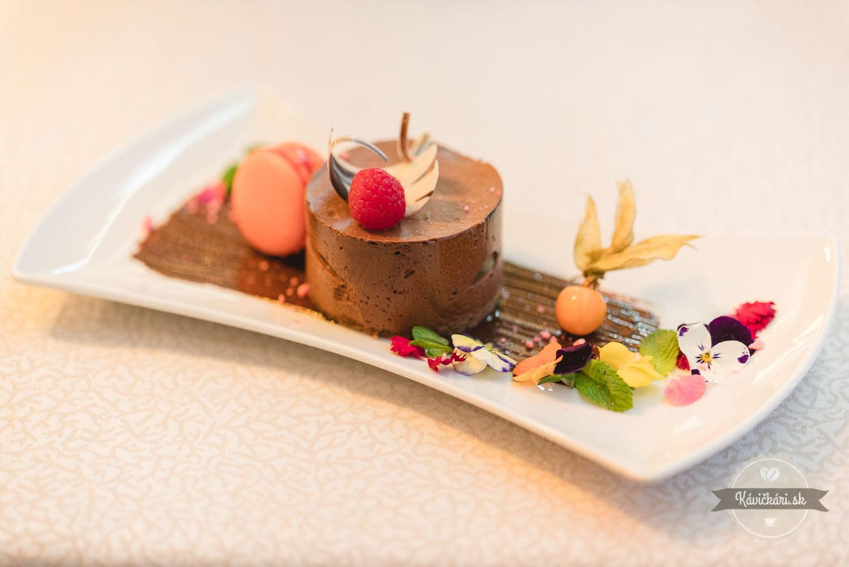 hruškovo-čokoládová tortička