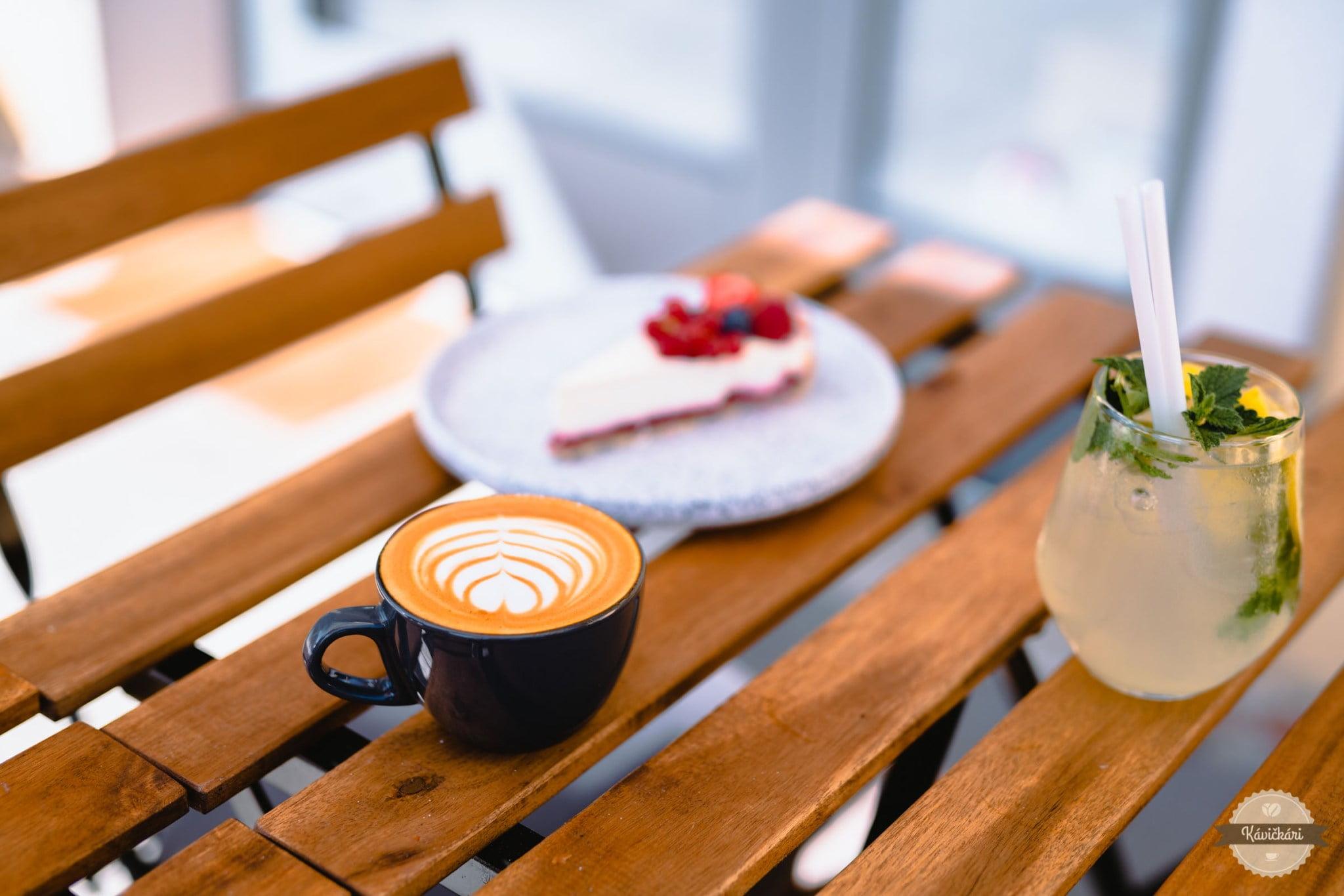 cappuccino-incuple-kamanova-kaviaren