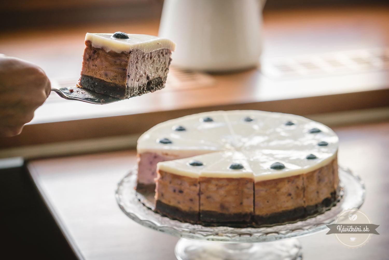 servírovanie koláča