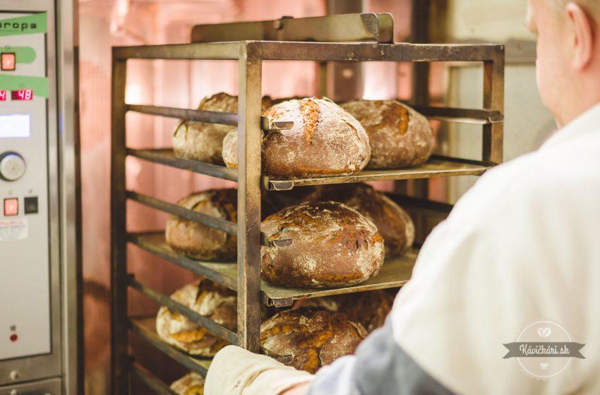 čerstvý chlieb Moods Bakery