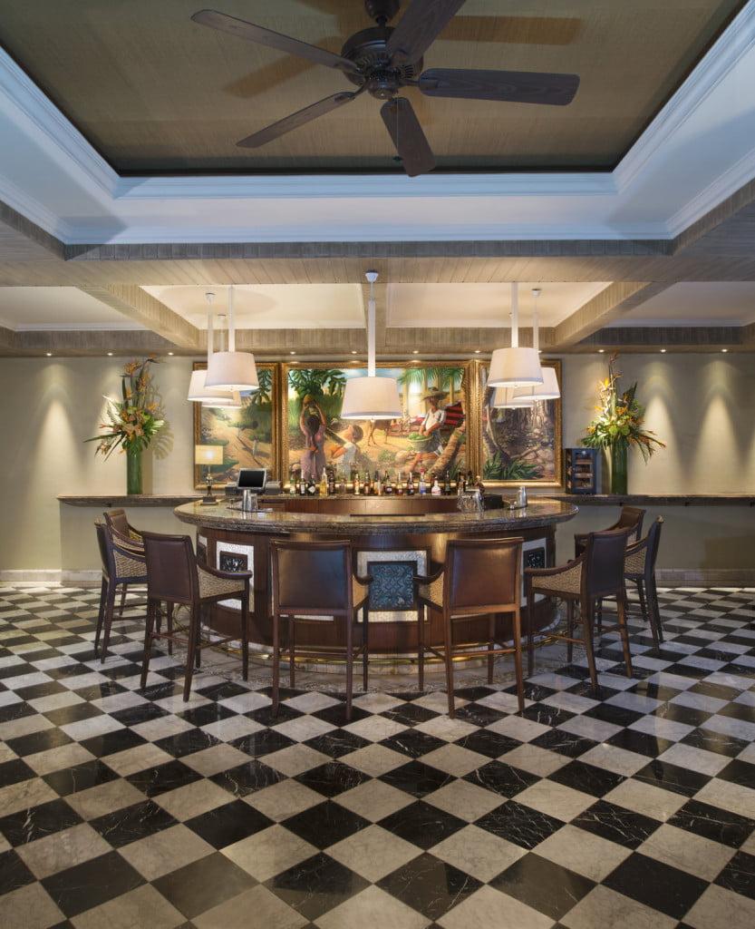 St. Regis Mauritius resort bar