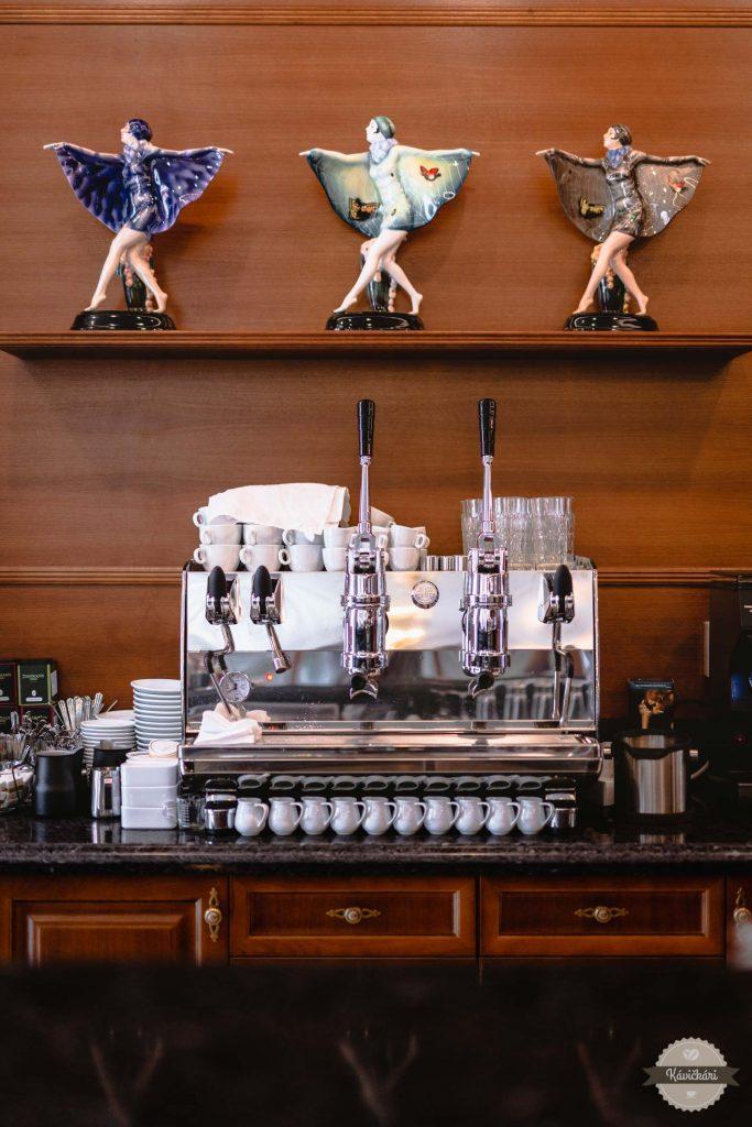 Palffy restaurant Pezinok bar