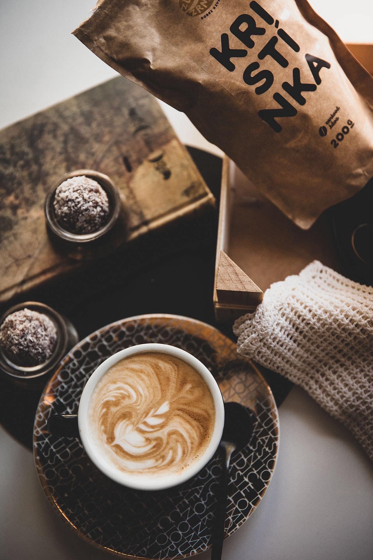 zlatezrnko-doma-kava-salka-kavickarisk