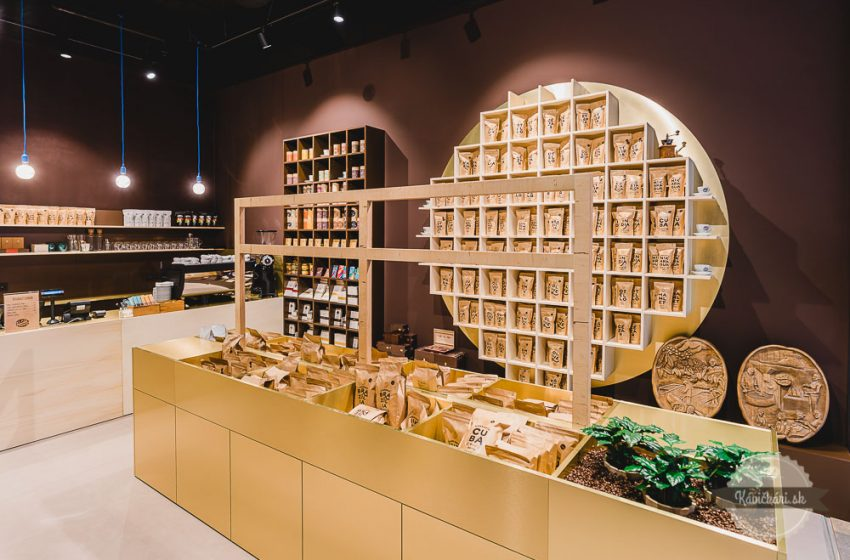 Remeselná pražiareň Zlaté zrnko otvorila predajňu vbratislavskom Auparku