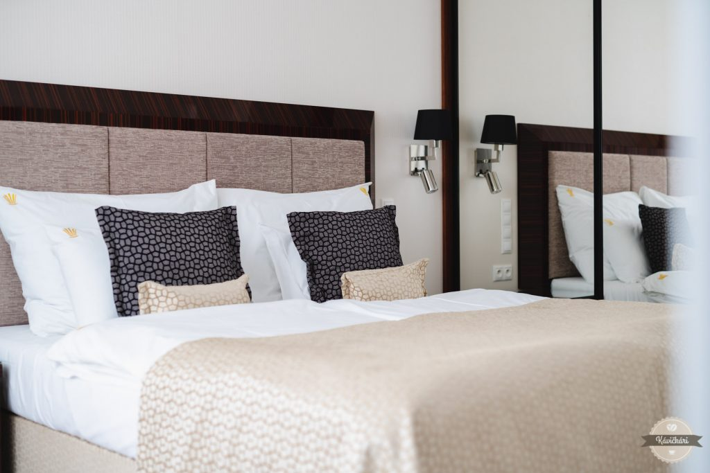 hotel-royal-palace-postel