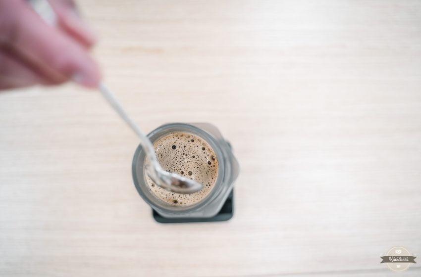 Alternatívna príprava kávy doma: Aeropress – filtrovaná káva ako sa vám ráči