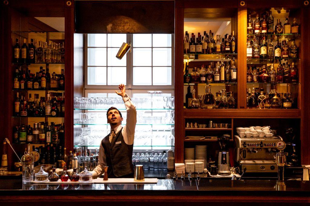 Lobby Bar small