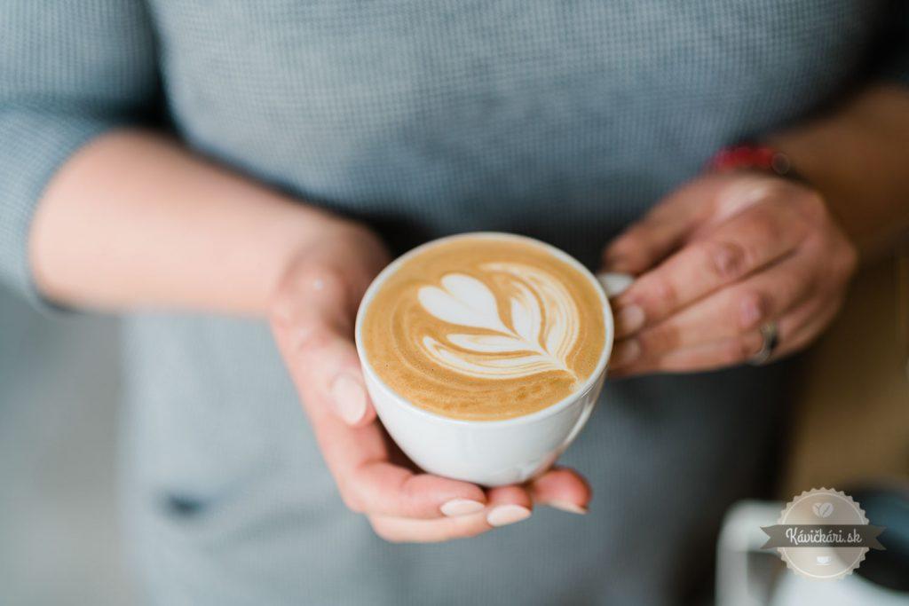 latteart-cappucino-cornuscafe
